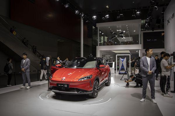 Tham vọng lấn sân sang sản xuất ô tô, Jack Ma cùng nhiều tỷ phú Trung Quốc khác có nguy cơ mất trắng hàng tỷ USD khi bong bóng xe ô tô điện sắp nổ tung - Ảnh 2.