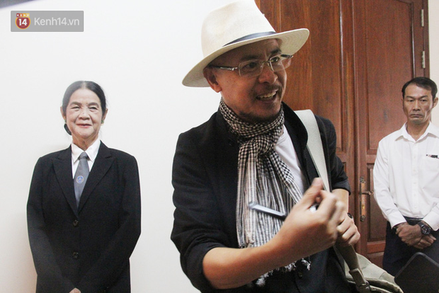 Bà Thảo tiếp tục nói HĐXX đang xử ép, ông Vũ chia sẻ: Cô ấy nói như chồng mình đi ở đợ, đúng luật thì cha mẹ của qua phải được 50% cổ phần - Ảnh 6.