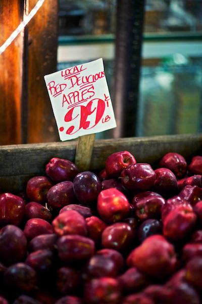 Cuộc cách mạng táo đỏ: Câu chuyện ít biết về khoản marketing 80.000 USD cho một cái cây - Ảnh 2.