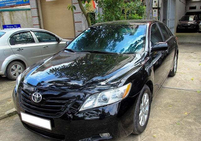 Thanh lý xe công, loạt Toyota Camry có giá cực rẻ - Ảnh 4.
