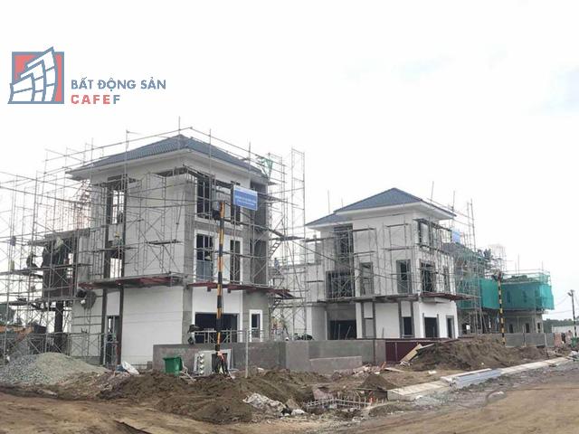 Bên trong khu dinh thự triệu đô ven sông Sài Gòn của giới nhà giàu ở Nhơn Trạch - Ảnh 7.