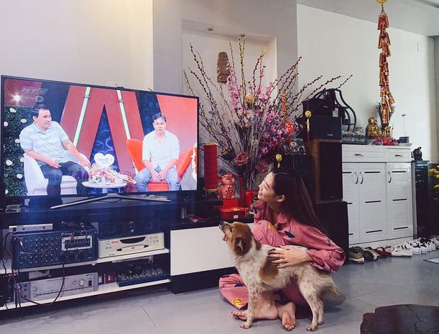 Gia thế không phải dạng vừa Khánh Vân - Tân Hoa hậu Hoàn vũ Việt Nam: Sở hữu căn hộ hoành tráng, du lịch sang chảnh chẳng kém cạnh ai! - Ảnh 3.