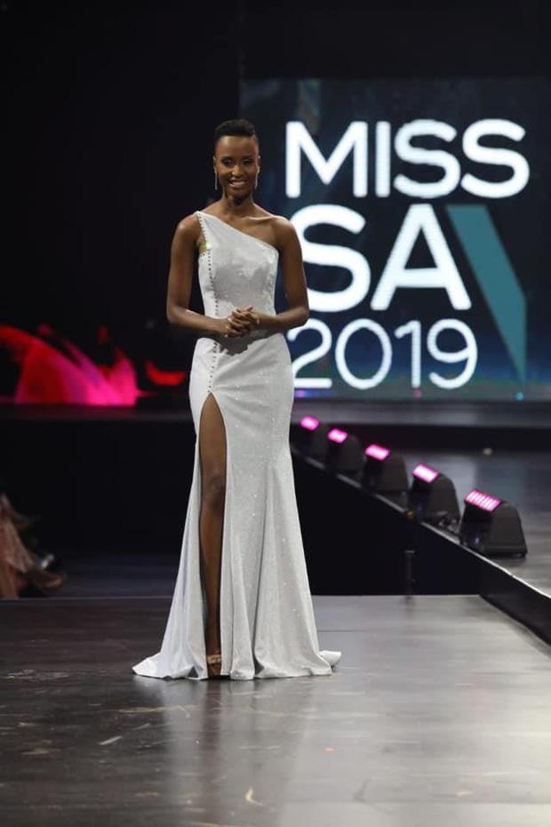 Nhan sắc lạ và đầy ấn tượng của mỹ nhân Nam Phi vừa đăng quang Miss Universe 2019 - Ảnh 16.