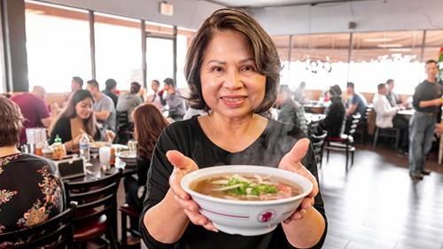 Tin vui cuối năm: nhà hàng phở Việt nhận giải Oscar làng ẩm thực danh giá của Mỹ - Ảnh 8.