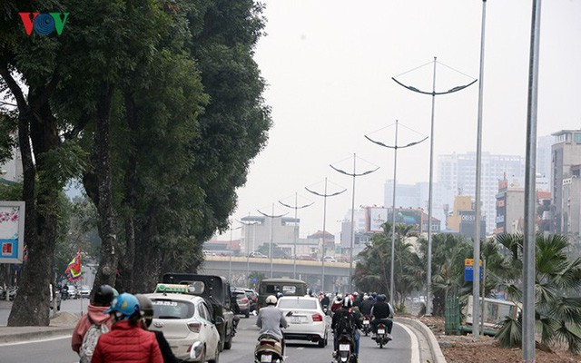 Sau cắt xén, 2 tuyến vành đai của Thủ đô rộng thênh thang sạch đẹp - Ảnh 7.