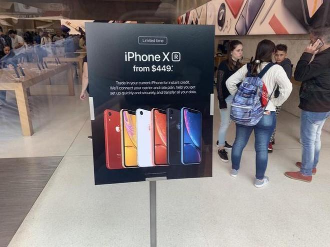 """japan display - photo 1 15501089611001609012327 - Phụ thuộc quá nhiều vào Apple và màn LCD, Japan Display đang """"ngậm trái đắng"""" vì thua lỗ, có thể sẽ phải nhờ giải cứu"""