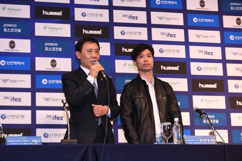 công phượng - photo 2 1550127715456608278469 - Công Phượng đầy nam tính và lịch lãm trong ngày ra mắt Incheon United