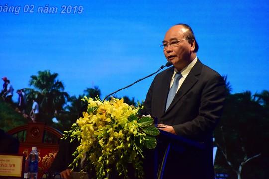 Thủ tướng Nguyễn Xuân Phúc: Đừng để chặt chém trở thành thương hiệu ở các địa phương - Ảnh 1.