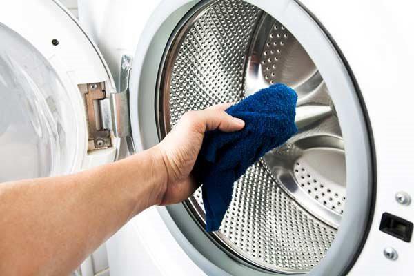 Cách vệ sinh điện thoại, laptop, tủ lạnh, máy giặt... để đón Tết - Ảnh 6.