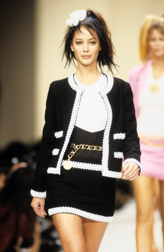 karl lagerfeld - photo 3 1550626003712290260880 - Nếu không có Karl Lagerfeld, Chanel đã không trở thành một đế chế bất bại như ngày hôm nay