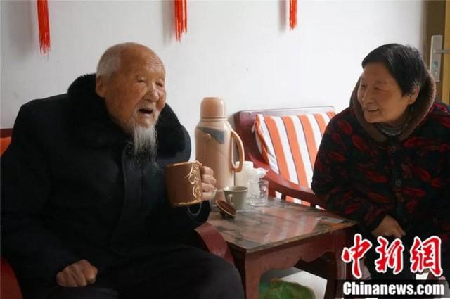 cụ ông trang học lễ - photo 4 15508273142891487526497 - Lão nông sống thọ 117 tuổi tiết lộ: Tiền bạc chưa chắc đổi được sức khỏe, mà là 7 điều này