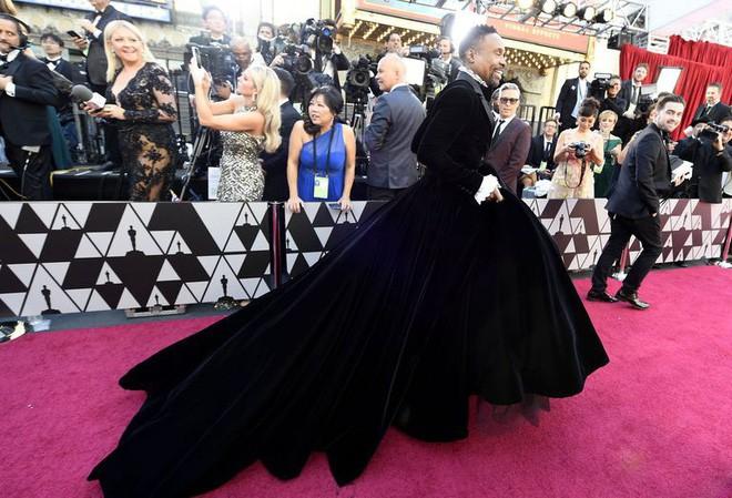 """oscar 2019 - photo 1 15510638249271761660284 - Nhân vật ăn vận """"chặt chém"""" nhất thảm đỏ Oscar 2019 không phải người đẹp mà chính là nam nhân này"""