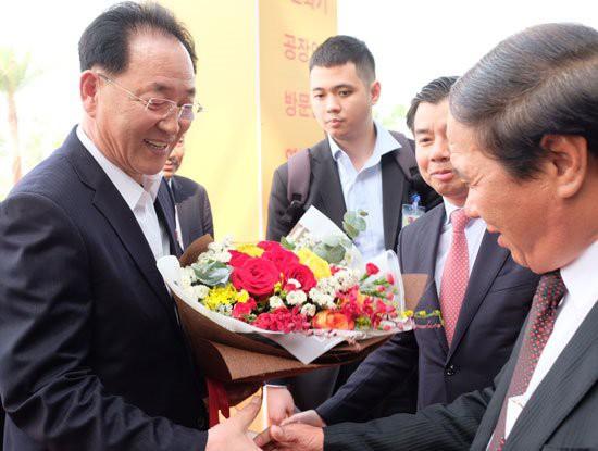 Phái đoàn Triều Tiên của Chủ tịch Kim Jong-Un đã đến thăm Tổ hợp nhà máy VinFast của tỷ phú Phạm Nhật Vượng - Ảnh 3.