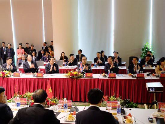Phái đoàn Triều Tiên của Chủ tịch Kim Jong-Un đã đến thăm Tổ hợp nhà máy VinFast của tỷ phú Phạm Nhật Vượng - Ảnh 4.