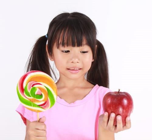 Hãy tập cho con kỹ năng tự ra quyết định mọi thứ và cha mẹ sẽ bất ngờ bởi những thay đổi của trẻ trong tương lai - Ảnh 1.