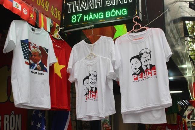 in áo hình nguyên thủ mỹ - triều tiên - photo 2 1551326232096538492418 - Thức đêm in áo hình nguyên thủ Mỹ – Triều Tiên, doanh thu tăng 6 lần