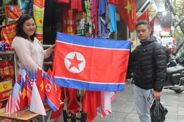 in áo hình nguyên thủ mỹ - triều tiên - photo 7 15513262321271103336623 - Thức đêm in áo hình nguyên thủ Mỹ – Triều Tiên, doanh thu tăng 6 lần