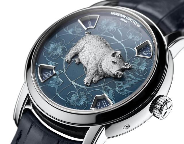Các thương hiệu xa xỉ ra mắt một loạt các món đồ hình chú lợn để kỷ niệm dịp Tết Nguyên đán 2019 - Ảnh 2.