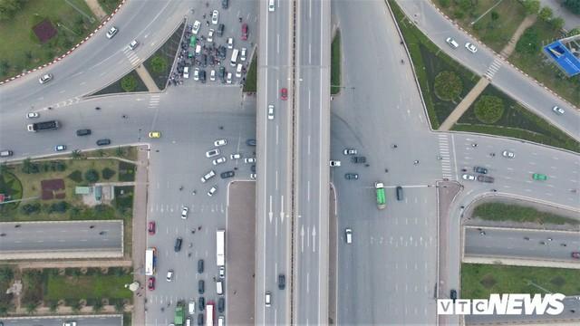 Ảnh: Những nút giao hiện đại làm thay đổi diện mạo Thủ đô nhìn từ flycam  - Ảnh 3.