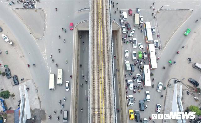 Ảnh: Những nút giao hiện đại làm thay đổi diện mạo Thủ đô nhìn từ flycam  - Ảnh 9.
