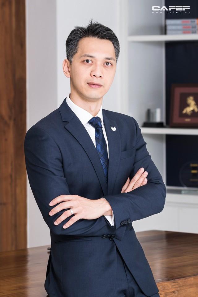 """Chuyện ngồi """"yên chiến mã"""" của vị Chủ tịch ngân hàng trẻ nhất Việt Nam - Ảnh 6."""