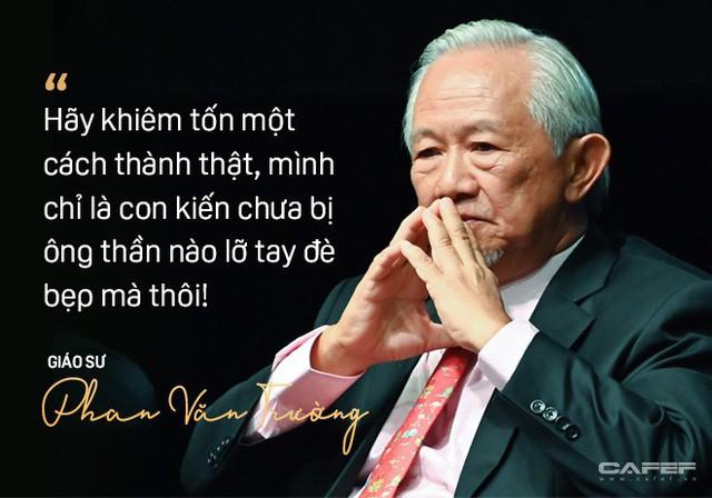 """GS. Phan Văn Trường: Đi ra nước ngoài hãy là chính mình nhưng đừng cứ 5 phút lại tự nhắc nhở """"Tôi là người Việt Nam"""" - Ảnh 9."""