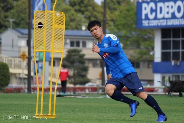 Cầu thủ Việt và chuyện xuất ngoại: Đừng sợ sệt, hãy xách vali lên và đi khám phá bóng đá 4 phương trời - Ảnh 2.