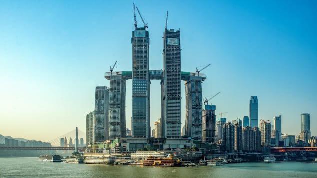 Khu tổ hợp với cao ốc nằm ngang của Trung Quốc sắp xây xong - Ảnh 3.