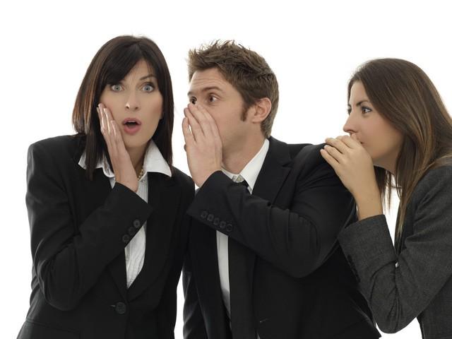 4 dấu hiệu điển hình của một người đồng nghiệp tồi, đáng tiếc là chúng ta thường vô tình mắc phải mà không hay biết - Ảnh 1.