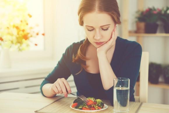 Không để thần chú phải giảm cân ám ảnh tâm trí bạn: 3 bước thần diệu giúp bạn kết thân với đồ ăn một cách khoa học và thân thiện nhất! - Ảnh 1.
