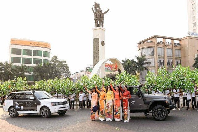 Dàn xe khủng của ông chủ cafe Trung Nguyên chở theo Hoa hậu và Á hậu, sẵn sàng hành trình xuyên Việt 2019 - Ảnh 11.