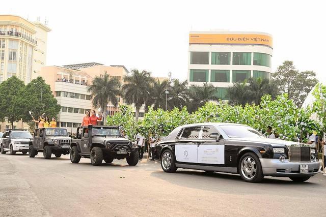 Dàn xe khủng của ông chủ cafe Trung Nguyên chở theo Hoa hậu và Á hậu, sẵn sàng hành trình xuyên Việt 2019 - Ảnh 13.