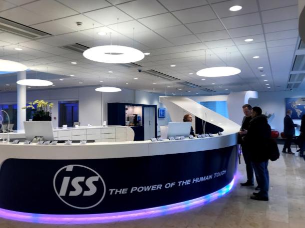 Mô phỏng nơi làm việc của công ty công nghệ - chiêu trò mới thu hút tài năng của các ngân hàng - Ảnh 2.