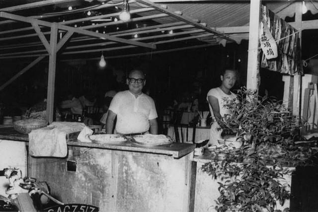 """Hành trình """"ngoạn mục"""" trở thành nhà hàng Trung Hoa danh giá của một tiệm ăn ven đường: Thành công suốt 3 thế hệ, định nghĩa lại cả nền ẩm thực Singapore chỉ nhờ tinh thần này! - Ảnh 1."""