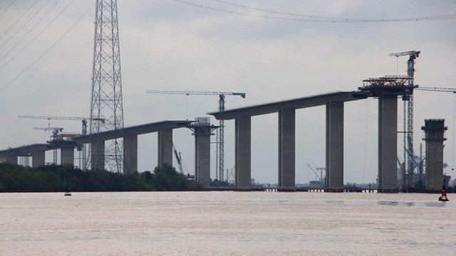 Ảnh: Cầu dây văng tĩnh không cao nhất Việt Nam trên cao tốc Bến Lức - Long Thành - Ảnh 3.