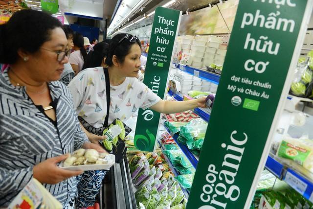 """Trong khi Việt Nam còn """"than khóc trời xanh"""" về sở hữu trí tuệ, các thương hiệu nổi tiếng thế giới như Coca-Cola, Heineken đã chi bội tiền để """"bảo tồn"""" di sản kinh tế - Ảnh 7."""