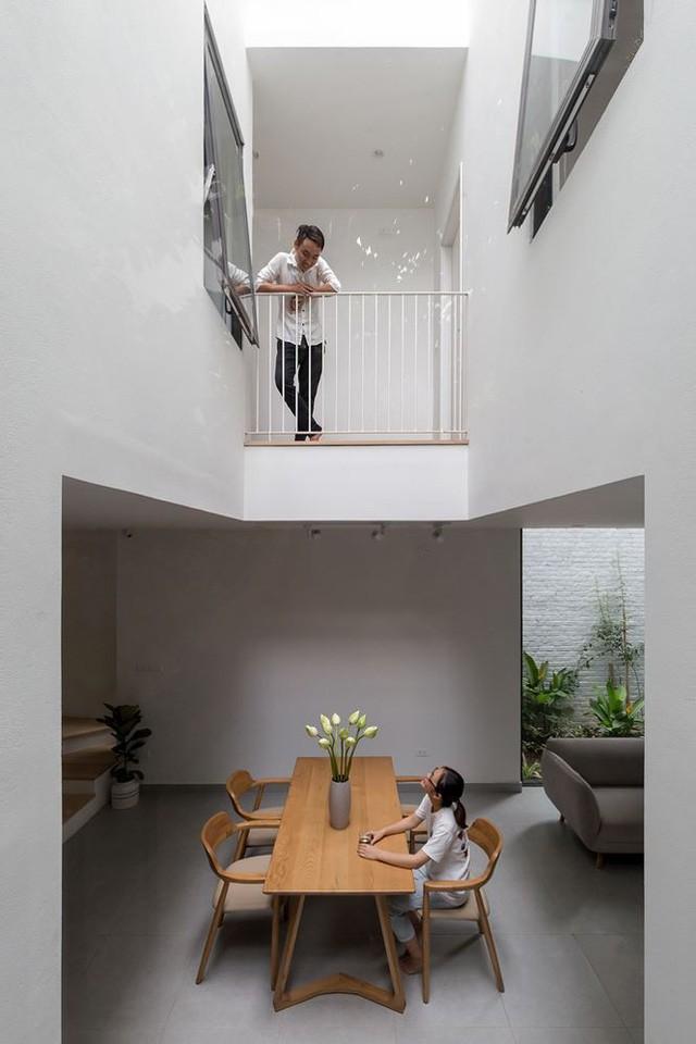 Nhà trong ngõ hẹp vẫn đẹp và tràn ngập ánh sáng - Ảnh 1.