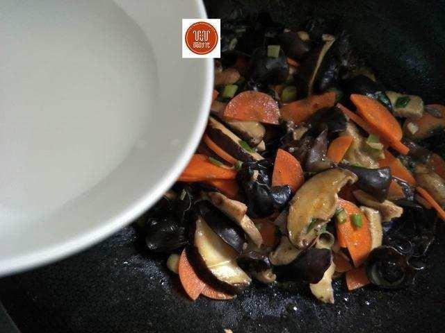 Món ăn làm sạch mạch máu, thông đường ruột nổi tiếng Đông y chỉ với 3 thực phẩm bình dân - Ảnh 9.