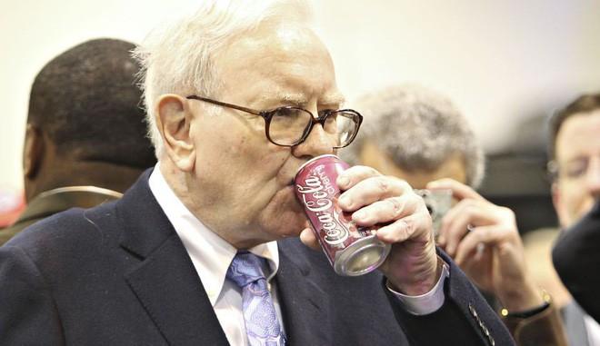 warren buffett - photo 1 15519223270911041856697 - Vì sao Warren Buffett được coi là nhà đầu tư giỏi nhất thế giới với lợi nhuận 20%/năm trong khi nhiều người có thể đạt mức 100/200%?