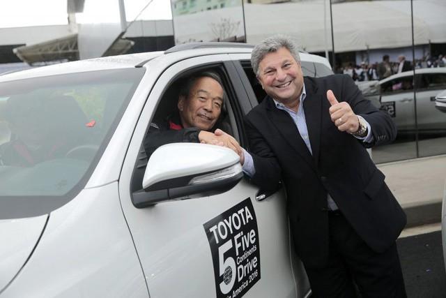 Không chỉ tỷ phú Phạm Nhật Vượng, còn nhiều Chủ tịch khác từng thử xe của chính công ty mình làm ra - Ảnh 3.