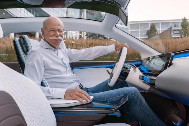 Không chỉ tỷ phú Phạm Nhật Vượng, còn nhiều Chủ tịch khác từng thử xe của chính công ty mình làm ra - Ảnh 6.