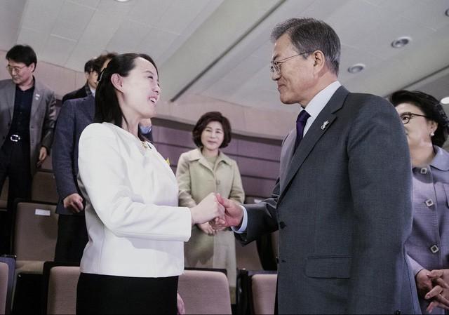 Người phụ nữ bí ẩn luôn theo sát Chủ tịch Kim Jong Un: Giản dị, kín tiếng nhưng được tin tưởng hơn bất kỳ ai - Ảnh 6.