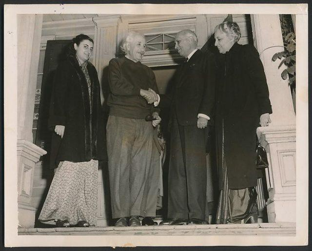 Albert Einstein đã từng được chính phủ Israel mời về làm Tổng thống, thế nhưng ông một mực khước từ - Ảnh 7.