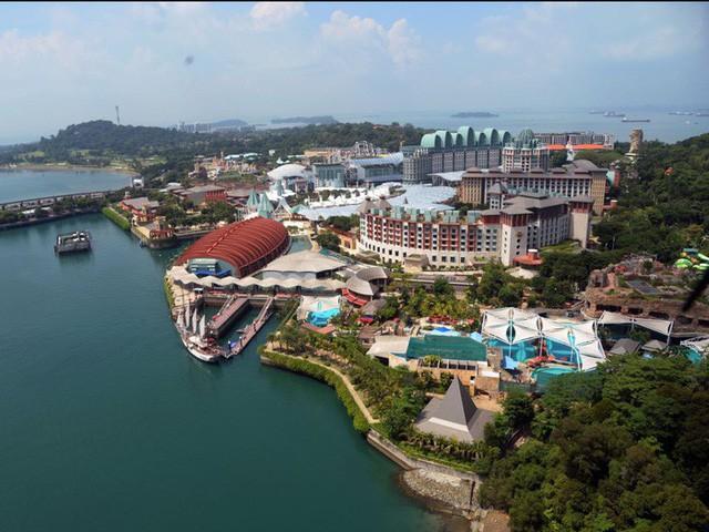 Cuộc sống xa xỉ của giới giàu Singapore - Ảnh 20.