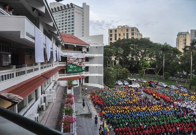 Cuộc sống xa xỉ của giới giàu Singapore - Ảnh 27.