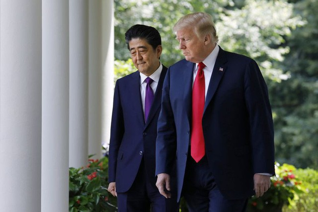 Sau Trung Quốc, đến lượt Nhật Bản sẵn sàng cho cuộc đụng độ thương mại với ông Trump - Ảnh 1.