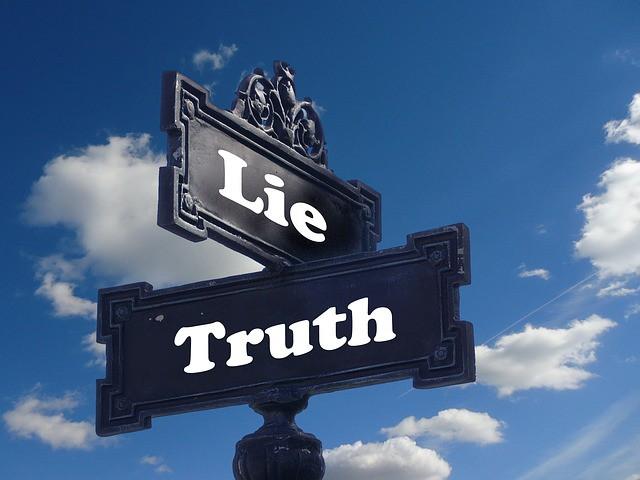 Tâm lý của sự lừa dối: Làm thế nào Elizabeth Holmes có thể dùng Theranos để lừa mọi người về trong một thời gian dài? - Ảnh 1.