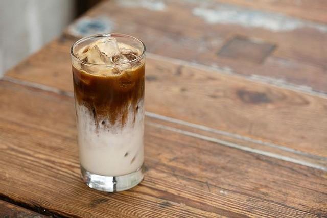 Nữ doanh nhân mở quán cà phê độc, lạ Việt Nam ở New York - Ảnh 4.