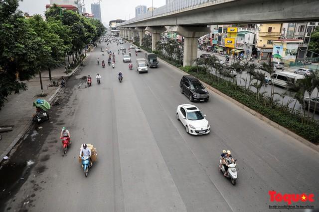 Giao thông Hà Nội giảm nhiệt ngày đầu tiên của kỳ nghỉ lễ Giỗ tổ Hùng Vương  - Ảnh 6.