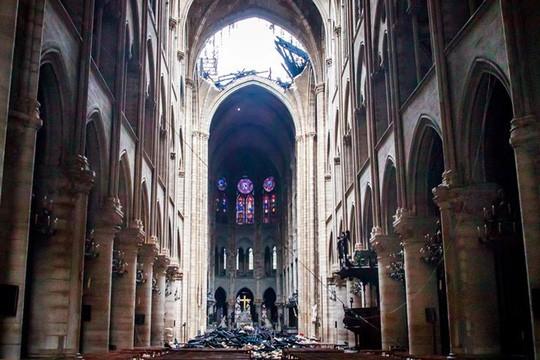 Pháp tổ chức cuộc thi kiến trúc quốc tế phục dựng tháp Nhà thờ Đức Bà Paris - Ảnh 1.